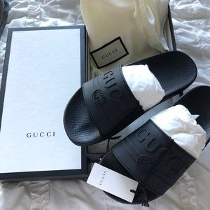 Gucci Logo Rubber Slides with box!